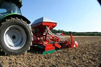 Landmaschinen - AKOM Technik AG in Tägerwilen